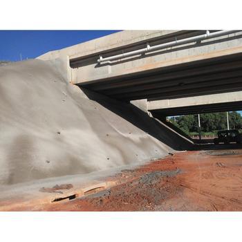 Concreto projetado sob pontes