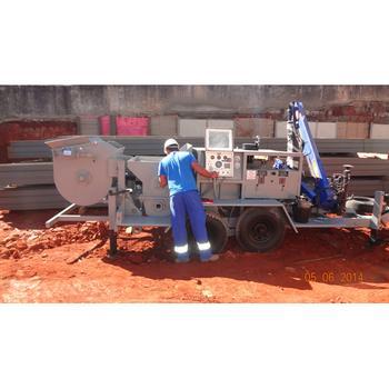 Projeção de concreto refratário