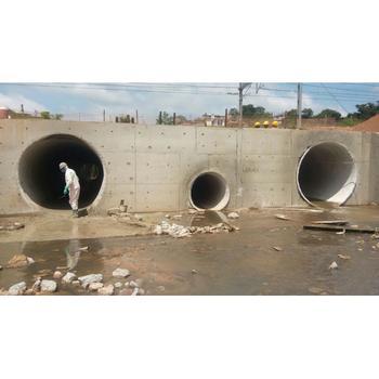 Revestimento de tunnel liner